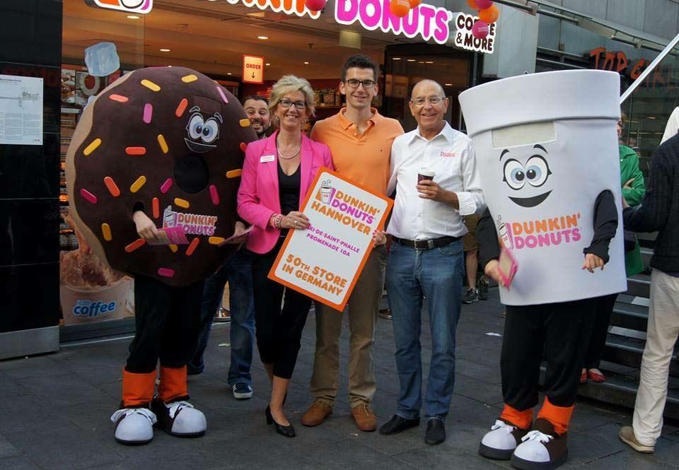 Eröffnung Dunkin' Donuts Niki