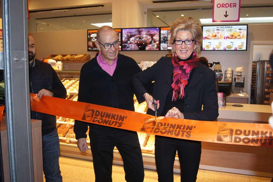 Dezember 2014 Eröffnung Dunkin' Donuts HBF