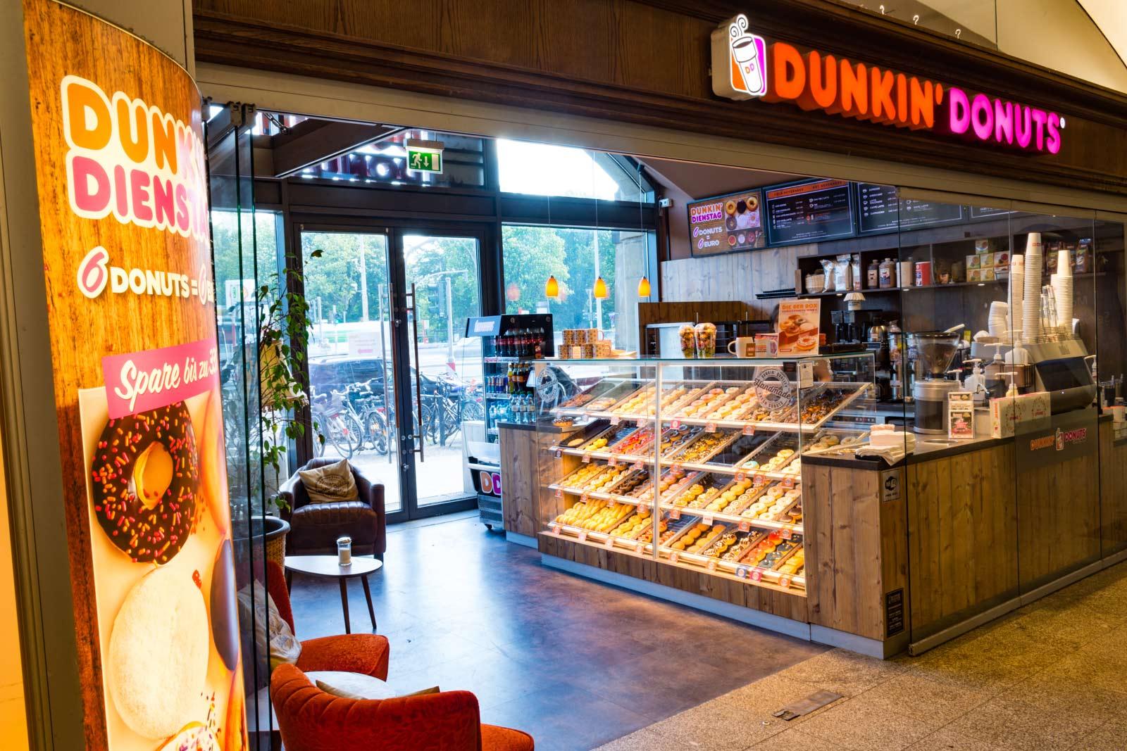 Dunkin' Donuts Dammtor